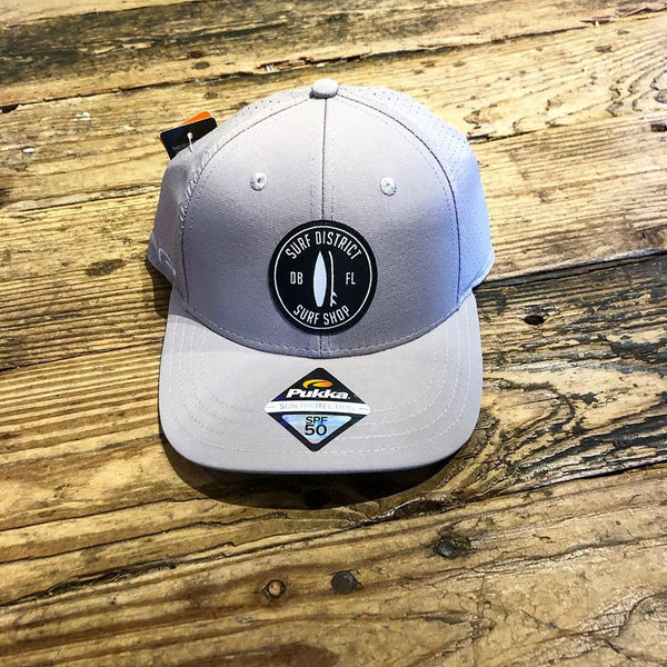 SD hat with round surf board patch