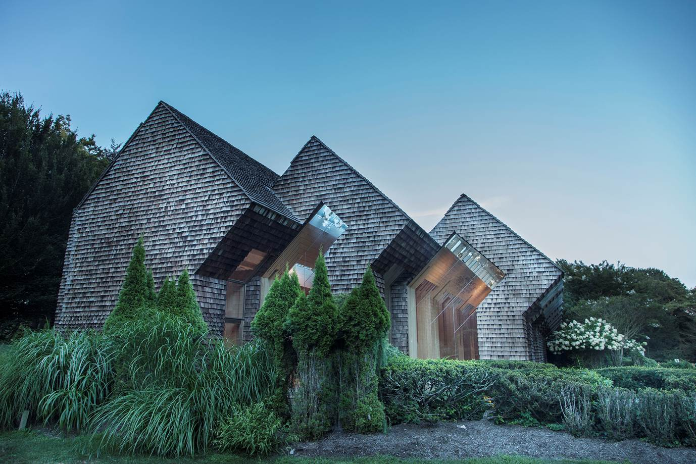 Jewish Center of the Hamptons by Norman Jaffe