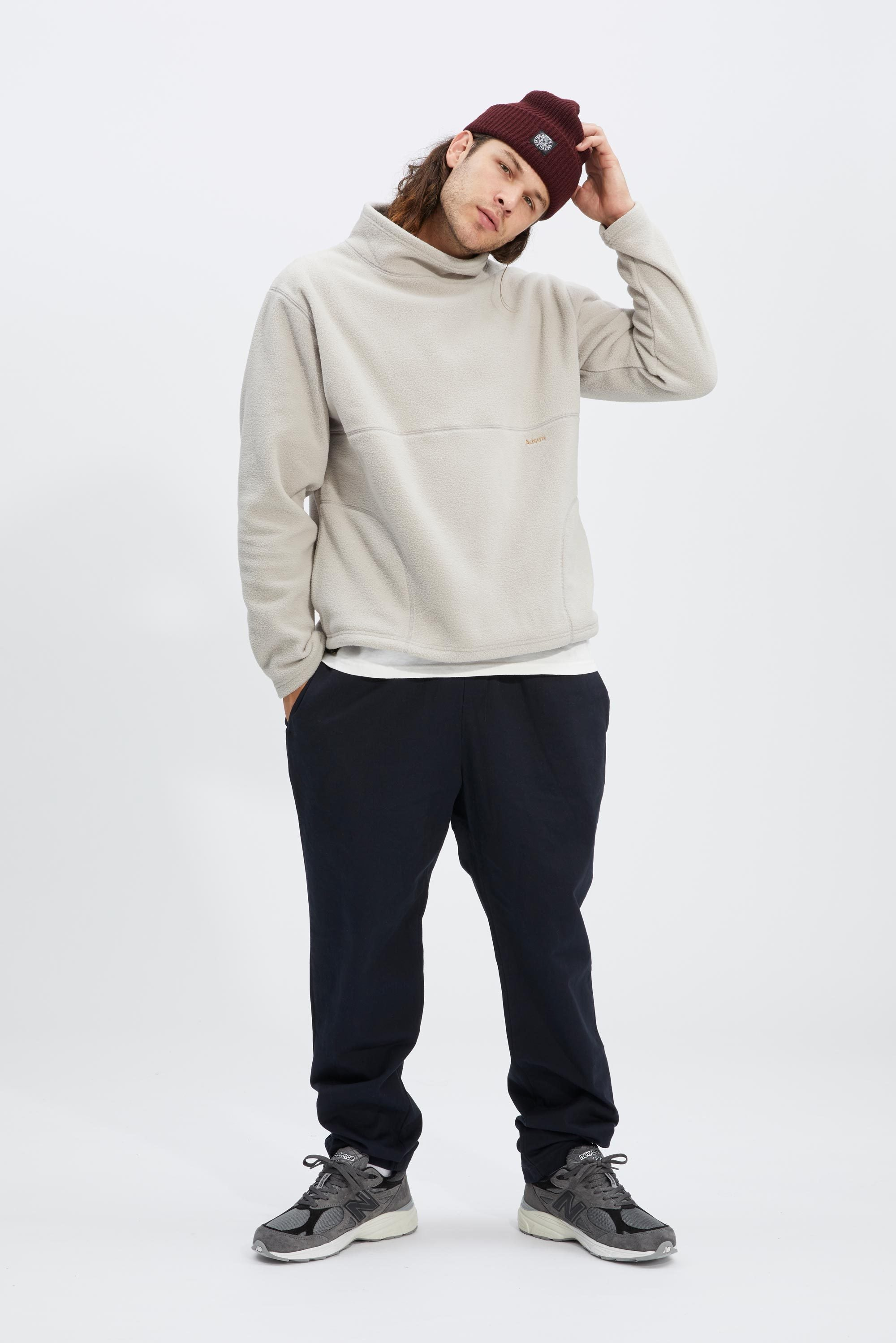 Flop Neck Fleece - Beige