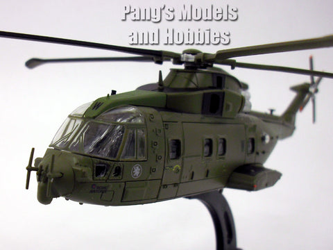 AgustaWestland Merlin HC.3 RAF 1/100 Scale Die-cast Model by Italeri