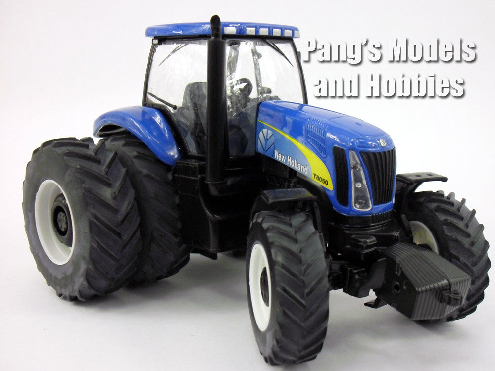 New Holland T8050 Tractor 1/32 Scale Die-cast Metal Model by ERTL