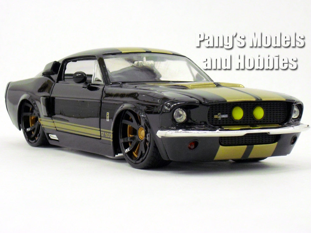 Shelby GT-500 1967 Diecast 1/24 Model by Jada