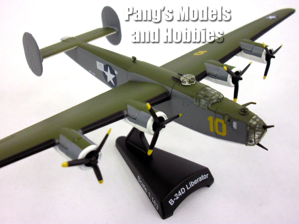 Consolidated B-24 Liberator 1/163 Scale Diecast Metal Model by Daron