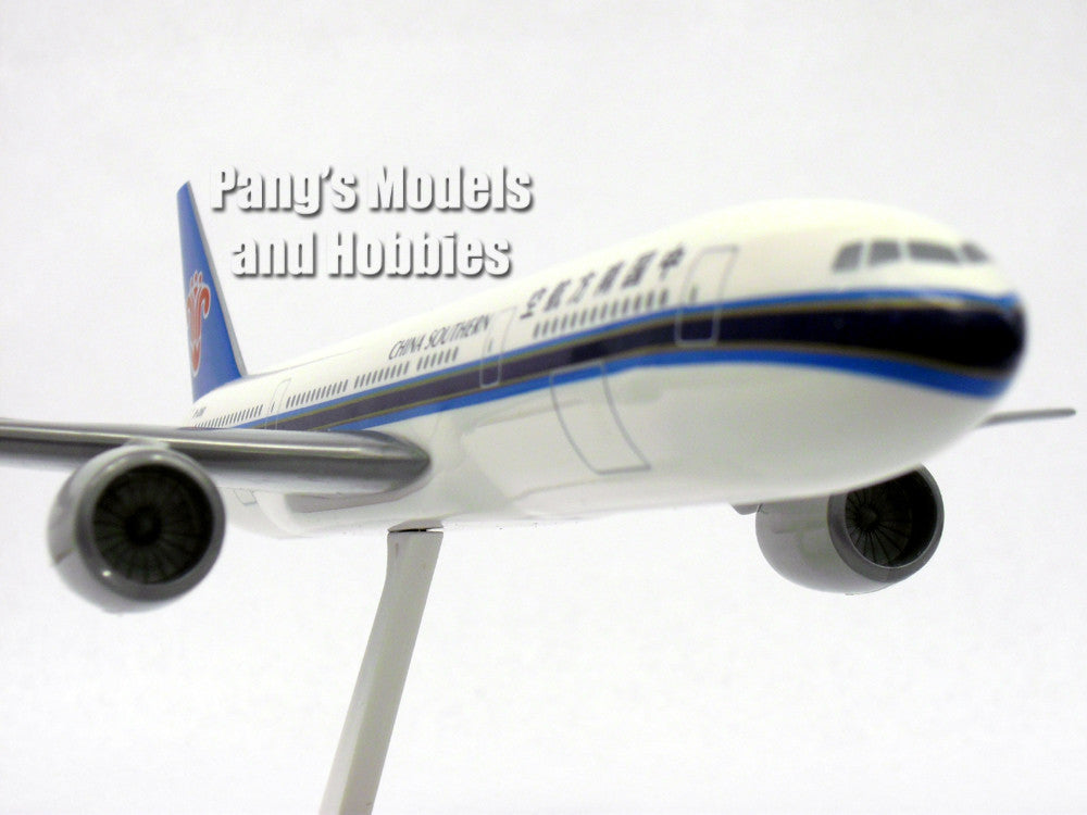 Boeing 777 200 China Southern 1 200 By Flight Miniatures