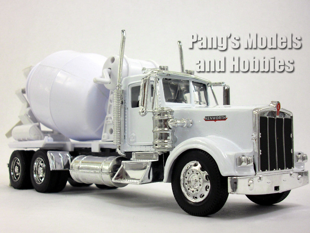 Kenworth W900 Cement Truck Diecast Metal 1/32 Scale Model by NewRay