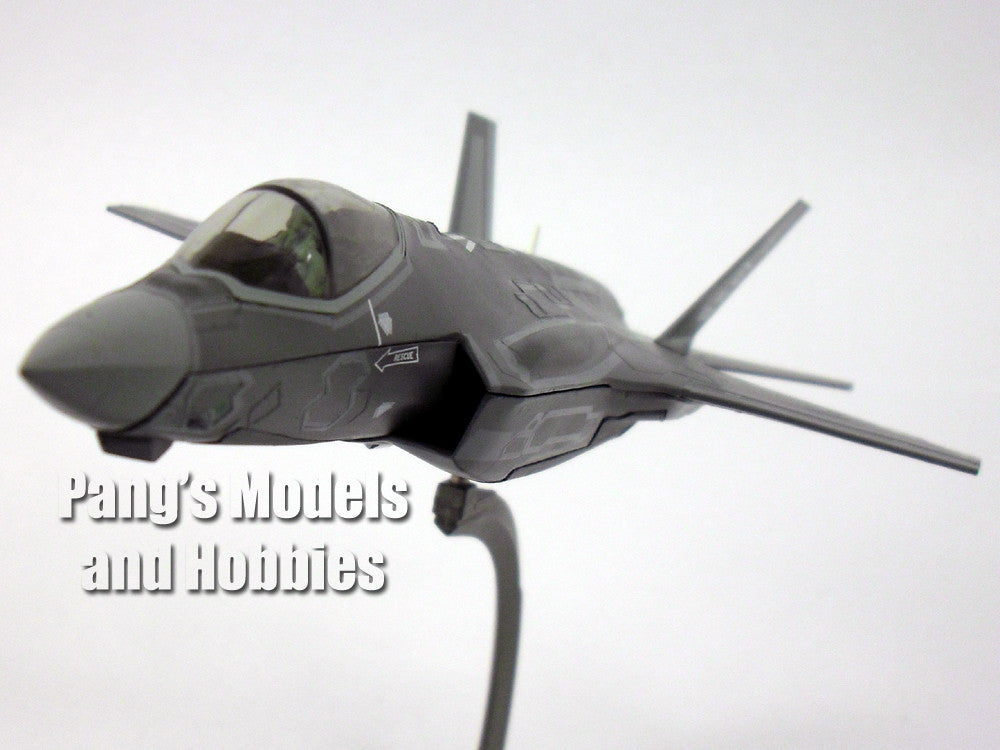 Lockheed Martin F-35A Lightning II 1/72 Scale Diecast Metal Model by Air Force 1