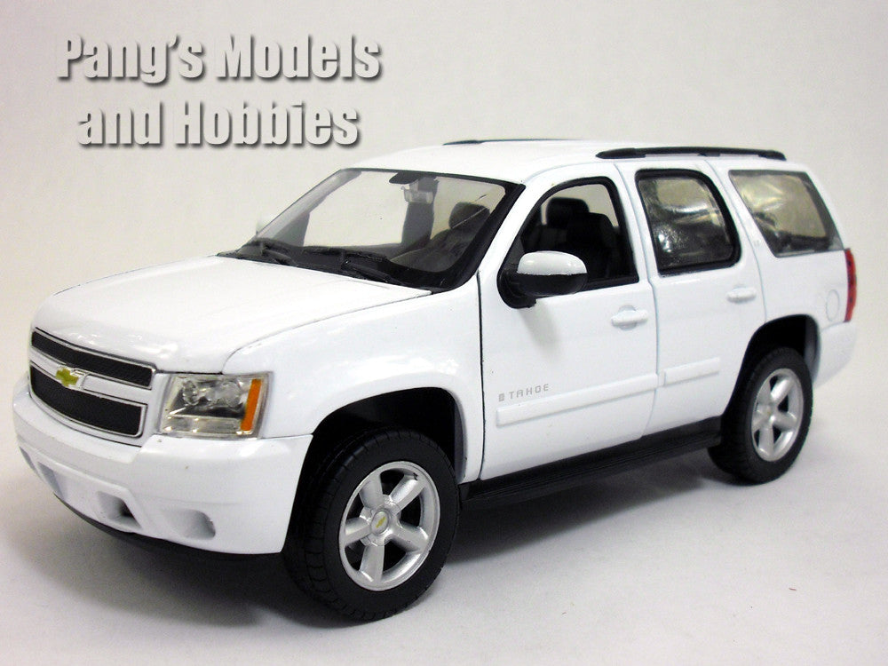 Chevrolet Tahoe (2008) 1/24 Diecast Metal Model by Welly