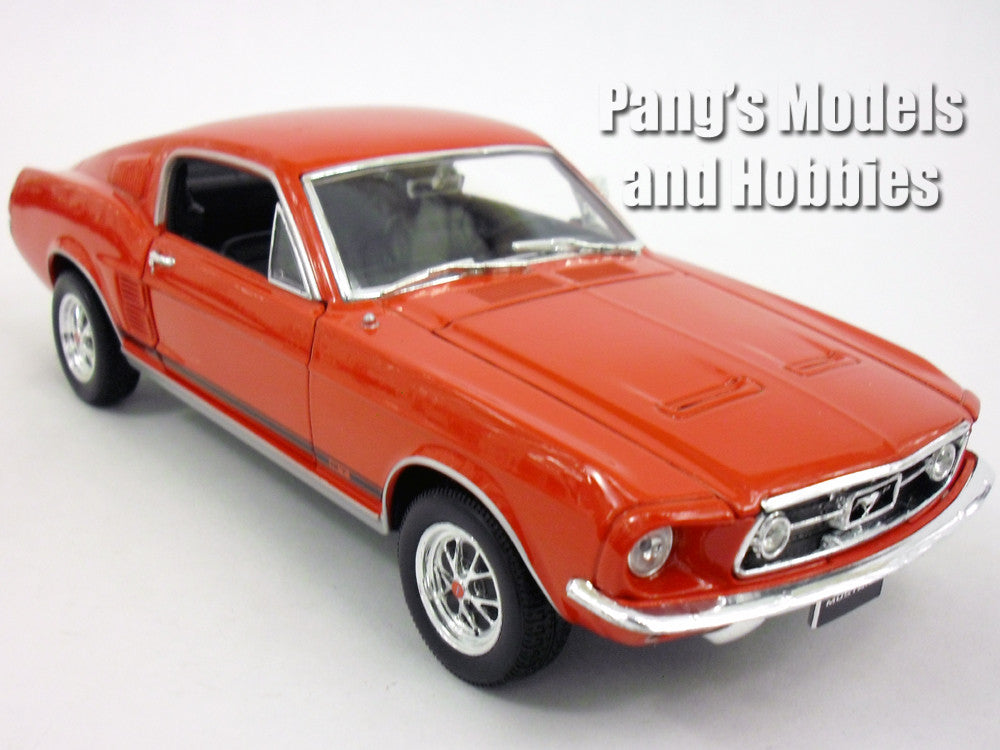 ford mustang gt 1967 1 24 diecast metal model by welly. Black Bedroom Furniture Sets. Home Design Ideas