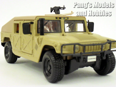 AM General Humvee Diecast 1/27 Model by Maisto