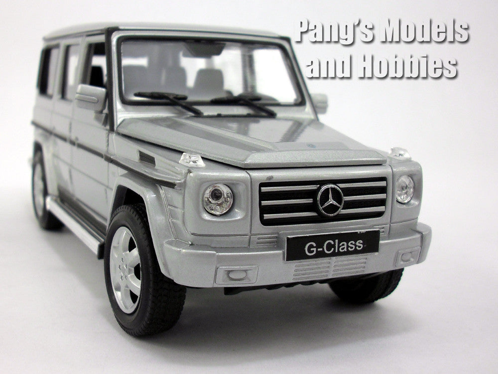 mercedes g class g 500 g500 1 24 diecast metal model by welly pang 39 s models and hobbies. Black Bedroom Furniture Sets. Home Design Ideas
