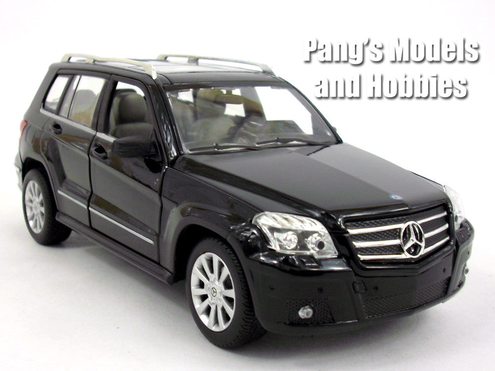 Mercedes-Benz GLK 1/24 Scale Diecast Metal Model by Rastar