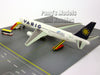 Boeing 767-300ER Varig Taxiway & Ground Service Vehicle 1/400 Diecast Metal by Dragon Wings