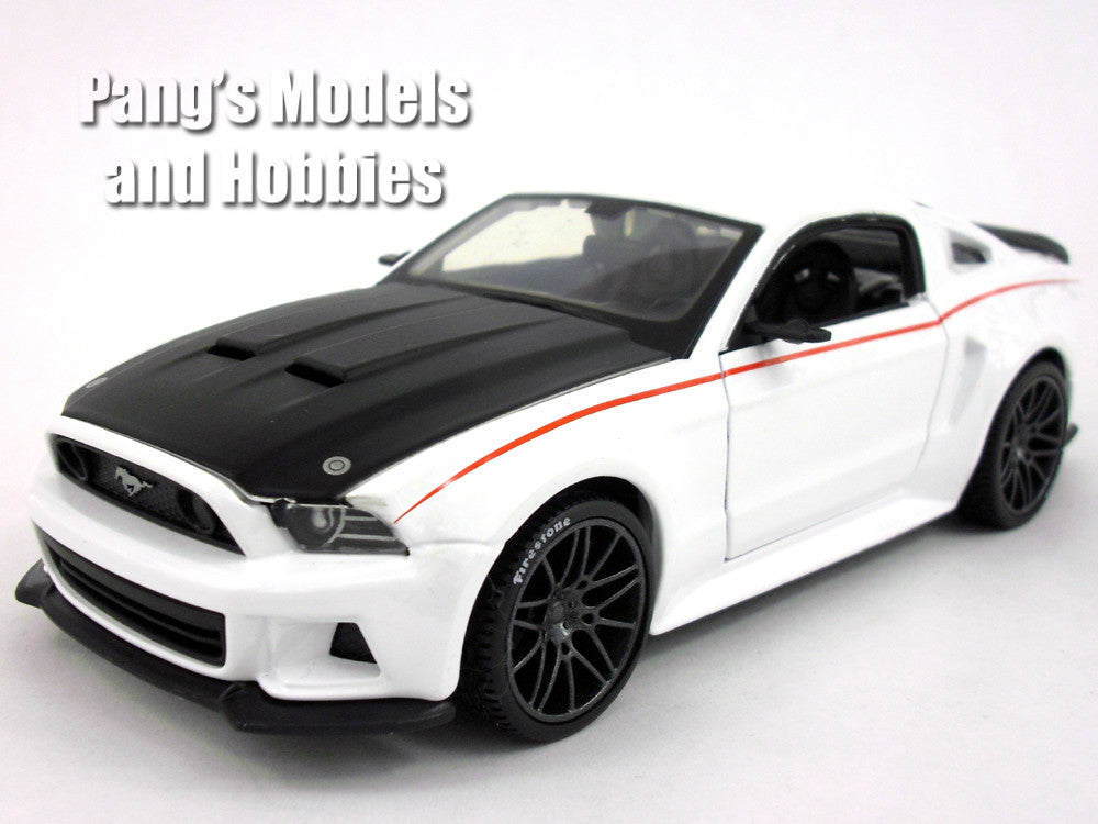 ford mustang gt 2014 diecast 1 24 model by maisto pang 39 s. Black Bedroom Furniture Sets. Home Design Ideas