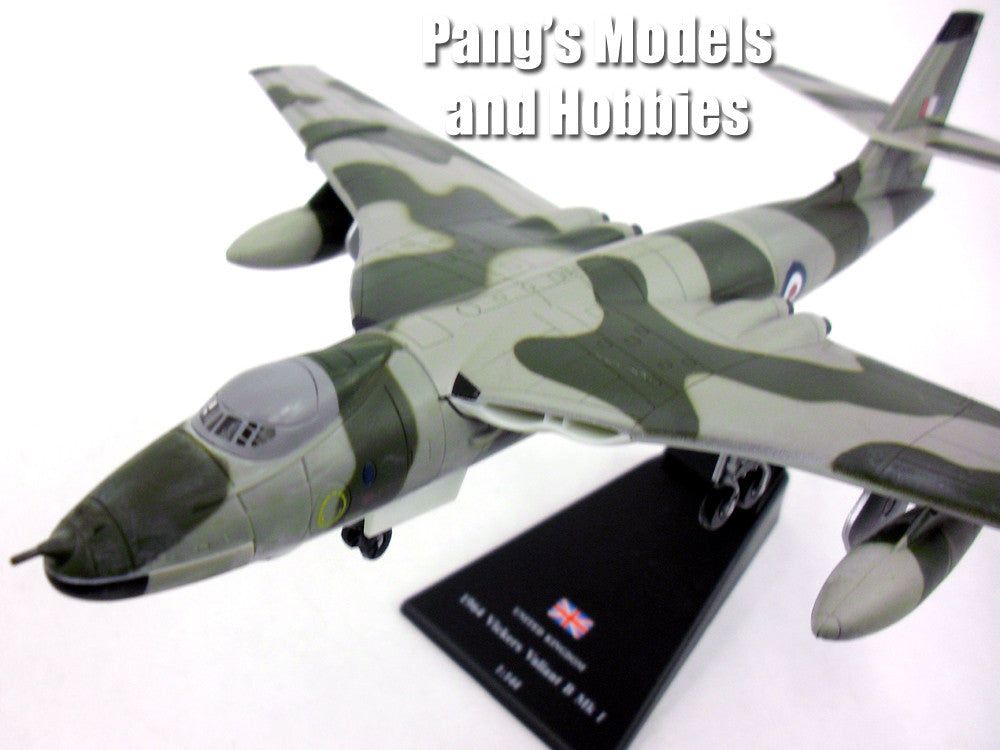 Vickers Valiant British Bomber 1/144 Scale Diecast Metal Model by Amercom