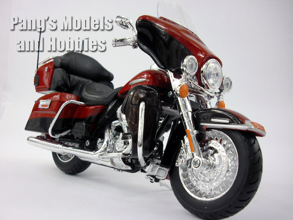 Harley - Davidson 2013 Electra Glide Ultra 1/12 Diecast Metal Model by Maisto