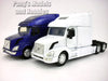Volvo VN-780 1/32 Scale Diecast Metal and Plastic Model by NewRay