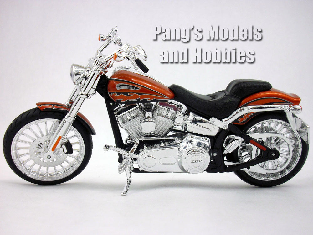 Harley - Davidson 2014 CVO Breakout 1/12 Scale Diecast Metal Model by Maisto