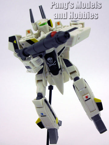 Robotech / Macross Transformable Veritech Fighter (VF-1S Roy Fokker) 1/100 Scale Model by Toynami