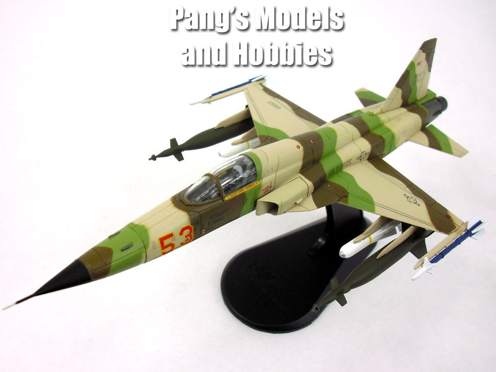 "Northrop F-5 (F-5E) Tiger II ""Snake"" 1/72 Scale Diecast Metal Model by Hobby Master"
