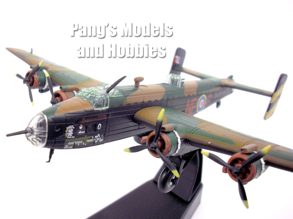 "Handley Page Halifax British RAF Bomber ""Jolly Roger"" 1/144 Scale Diecast Metal Model by Amercom"