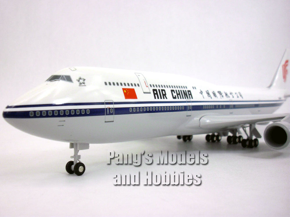 Boeing 747-8 Air China 1/200 Scale Model by Sky Marks