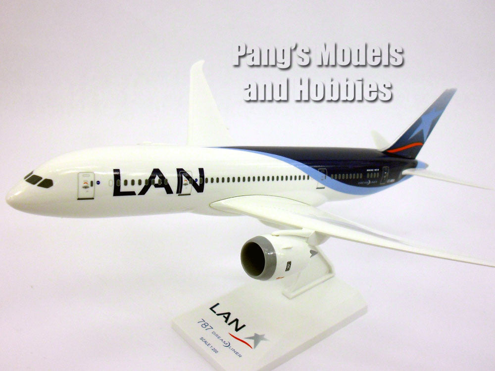Boeing 787-8 (787) LAN Chile 1/200 Scale by Sky Marks