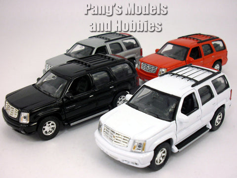 4.75 Inch Cadillac Escalade Scale Diecast Model by Welly