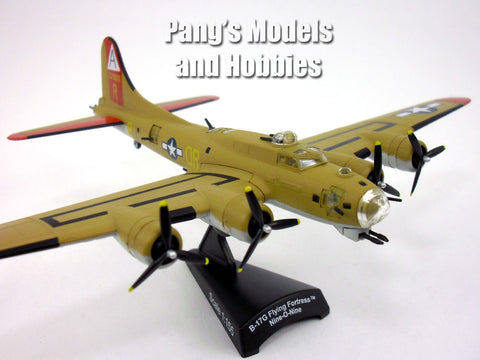 "Boeing B-17 Flying Fortress ""Nine-O-Nine"" 1/155 Scale Diecast Metal Model by Daron"
