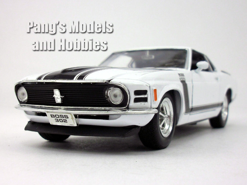 Ford Mustang Boss 302 1970 1/24 Diecast Metal Model by Welly