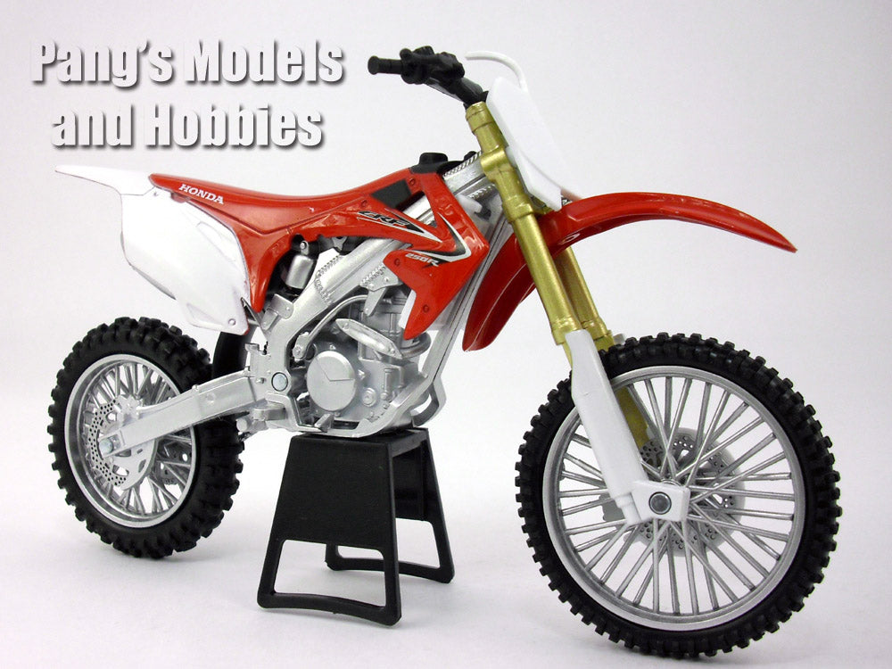 Honda CRF-250R Dirt/Motocross Motorcycle 1/12 Scale Model by NewRay