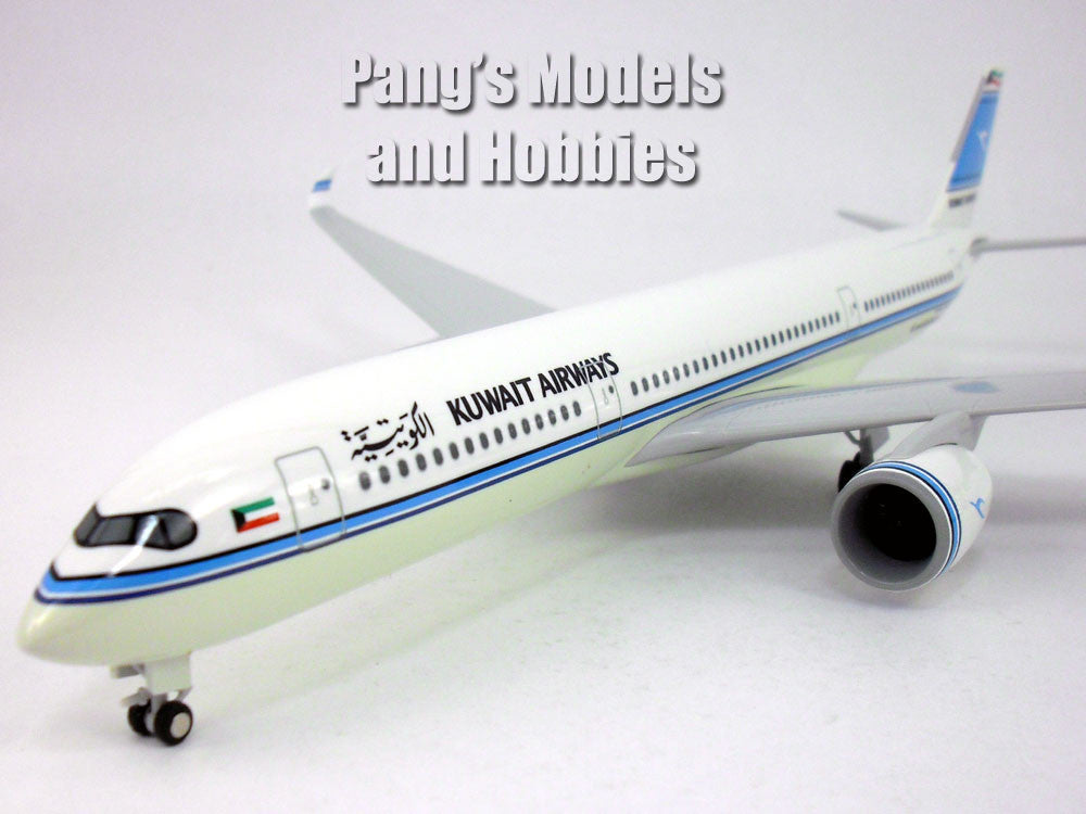 Airbus A350-900 (A350) Kuwait Airways 1/200 Scale by Sky Marks