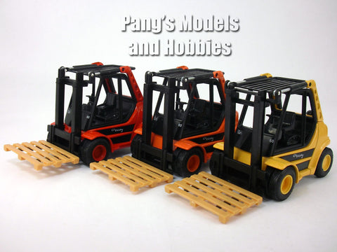 5.5 Inch Fork Lift Truck Scale Diecast Metal Model by Welly