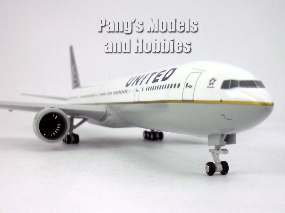 Boeing 777-300ER United Airlines 1/200 Scale by Sky Marks