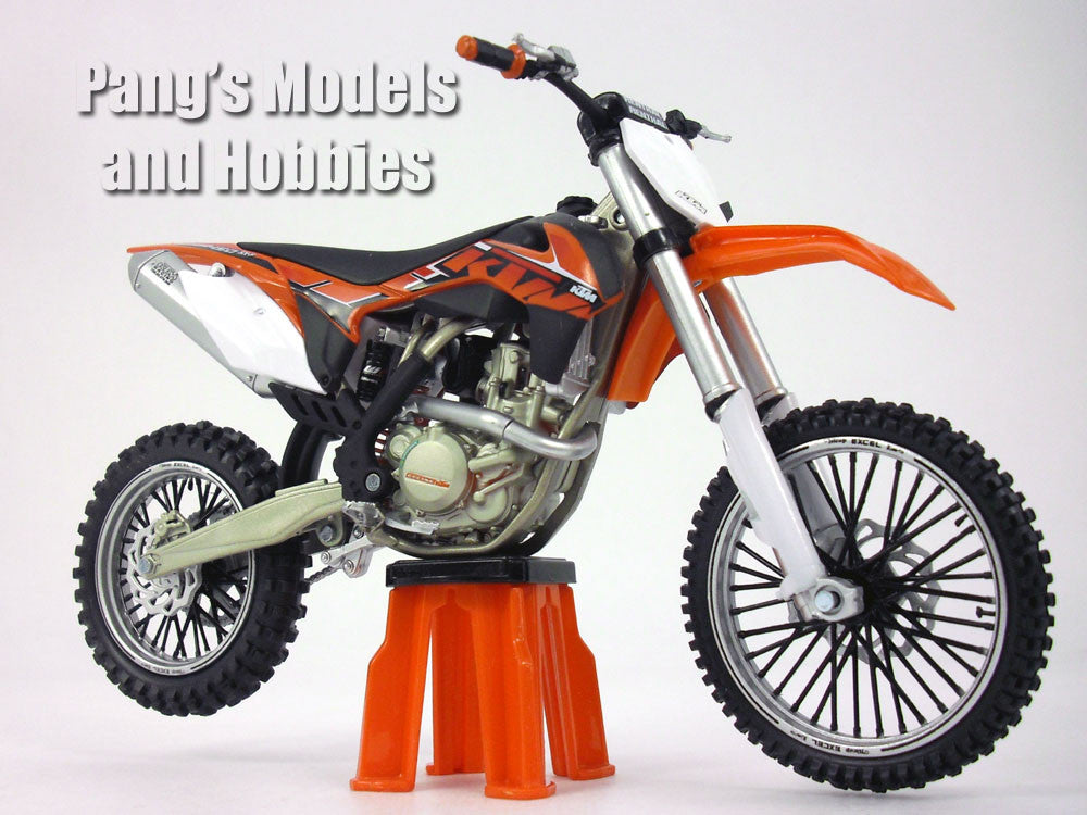 KTM 450 SX-F Dirt/Motocross 1/12 Scale Diecast Metal and Plastic Model by Automaxx