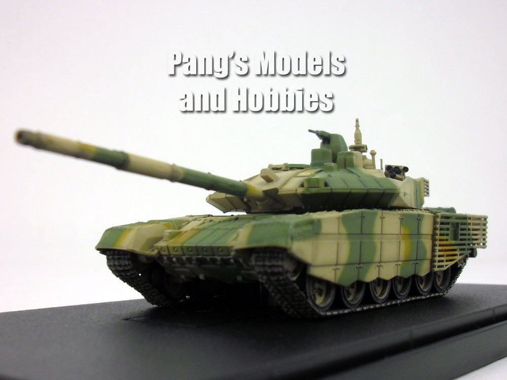 T-90 (T-90MS) Russian Main Battle Tank - Green Camo - 1/72 Scale Model by Modelcollect