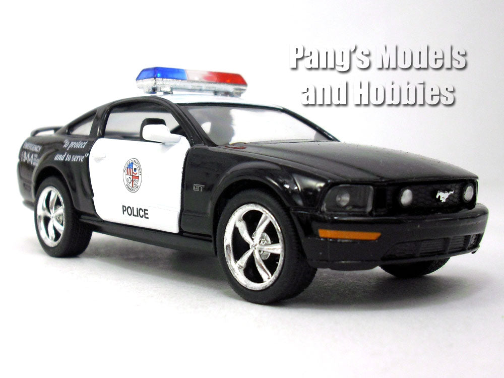 Ford Mustang GT 2005 - Police - 1/36 (5 inch long) Scale Diecast Metal Model by Kinsmart