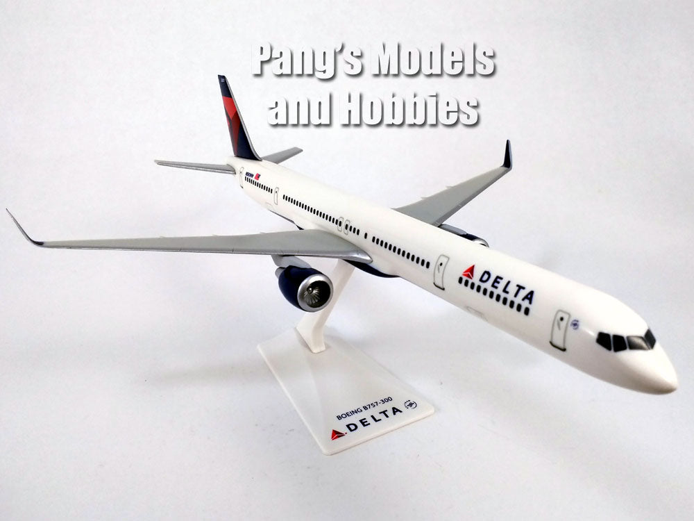 Boeing 757-300 (757) Delta Airlines 1/200 Scale Model by Flight Miniatures