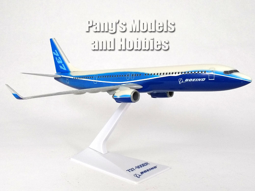 Boeing 737-900ER (737, 737-900) Boeing Demo Colors 1/200 Scale Model by Flight Miniatures