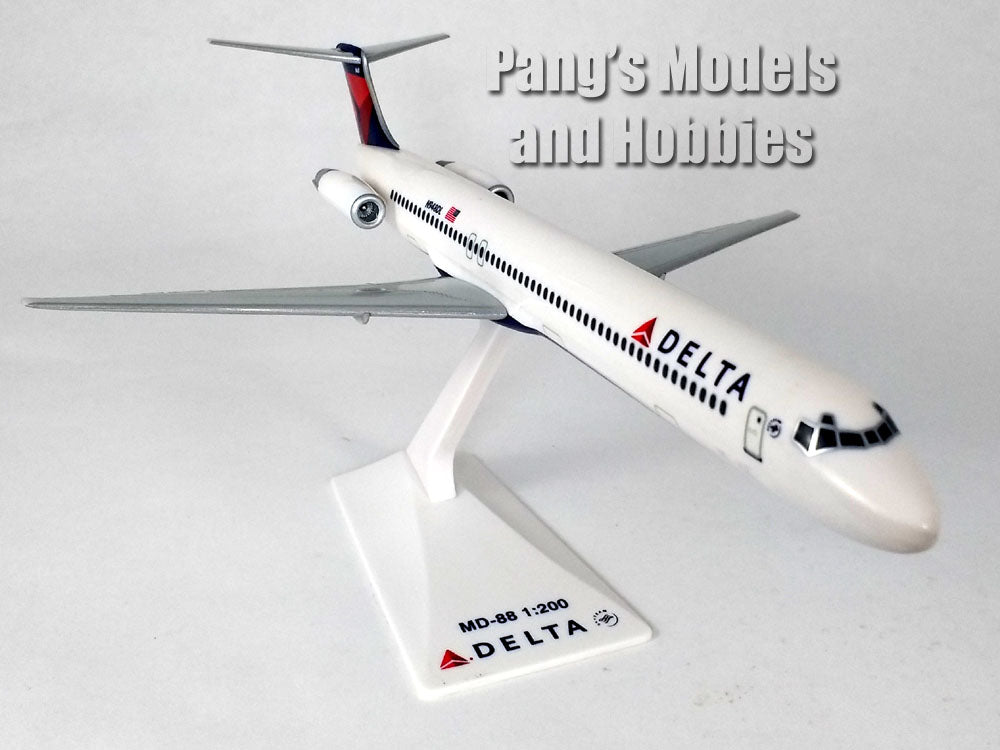 McDonnell Douglass MD-88 (MD-80) Delta Airlines 1/200 by Flight Miniatures