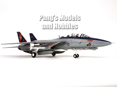 "Grumman F-14 Tomcat VF-11 ""Red Rippers"" 1/72 Scale Plastic Model"
