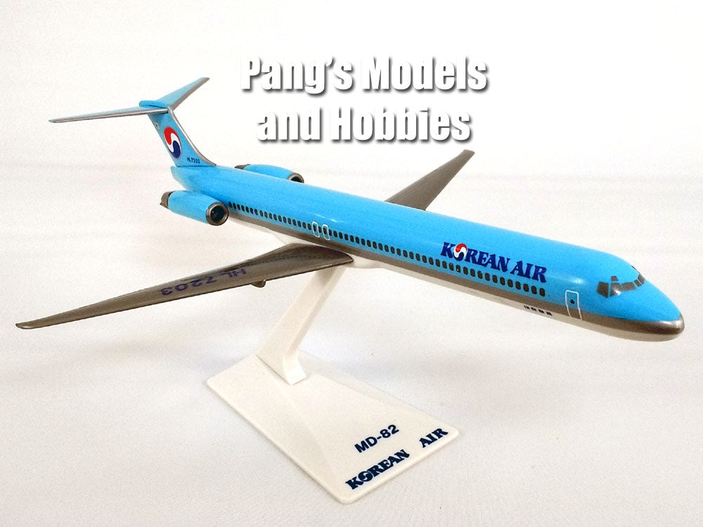 Copy of McDonnell Douglass MD-82 (MD-80) Korean Airlines 1/200 by Flight Miniatures