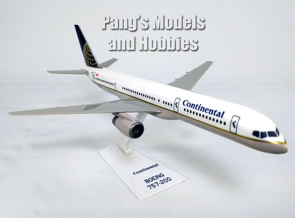 Boeing 757 757-200 Continental Airlines 1/200 Scale Model by Flight Miniatures