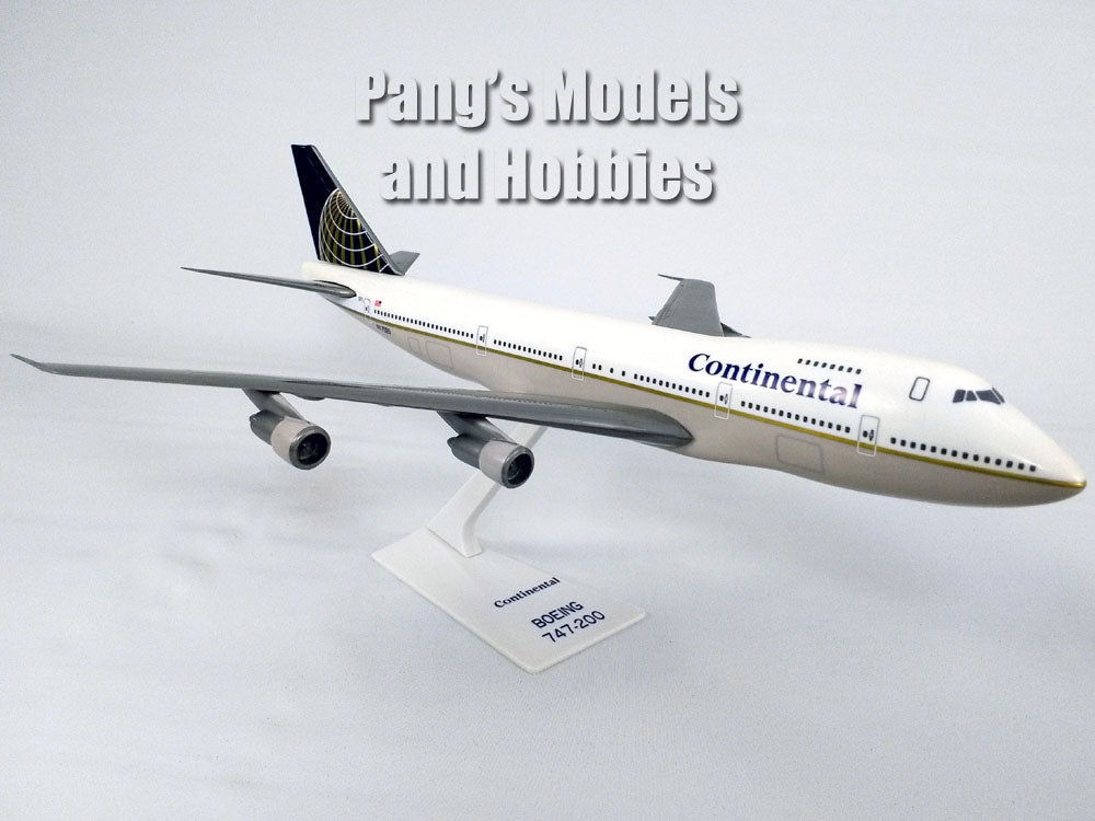 Boeing 747 (747-100) Continental Airlines 1/250 Scale Plastic Model by Flight Miniatures