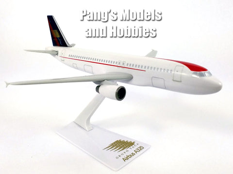 Airbus A320-200 (A320) Grupo TACA 1/200 Scale Model by Flight Miniatures