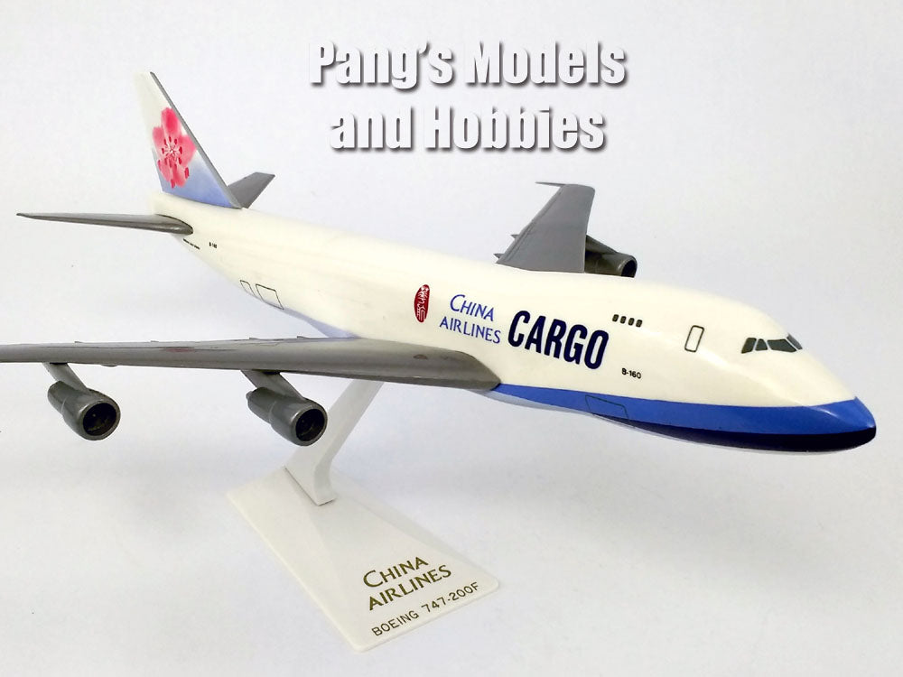 747 (747-100F, 747-100) China Airlines Cargo 1/250 Scale Plastic Model by Flight Miniatures