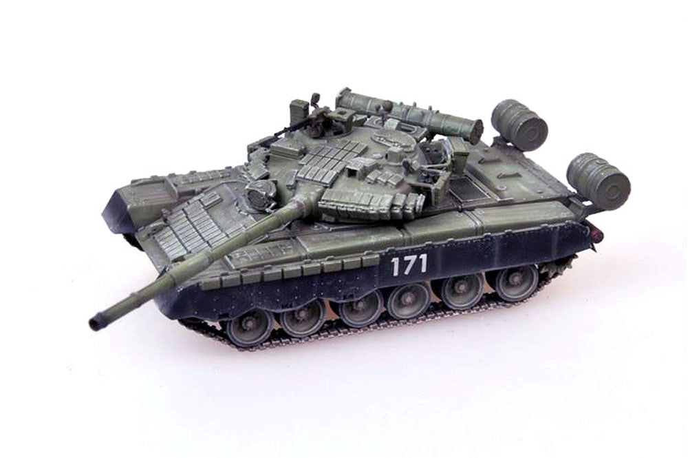 T-80 (T-80BV) Russian Army - First Chechnya War - 1/72 Scale Model by Modelcollect