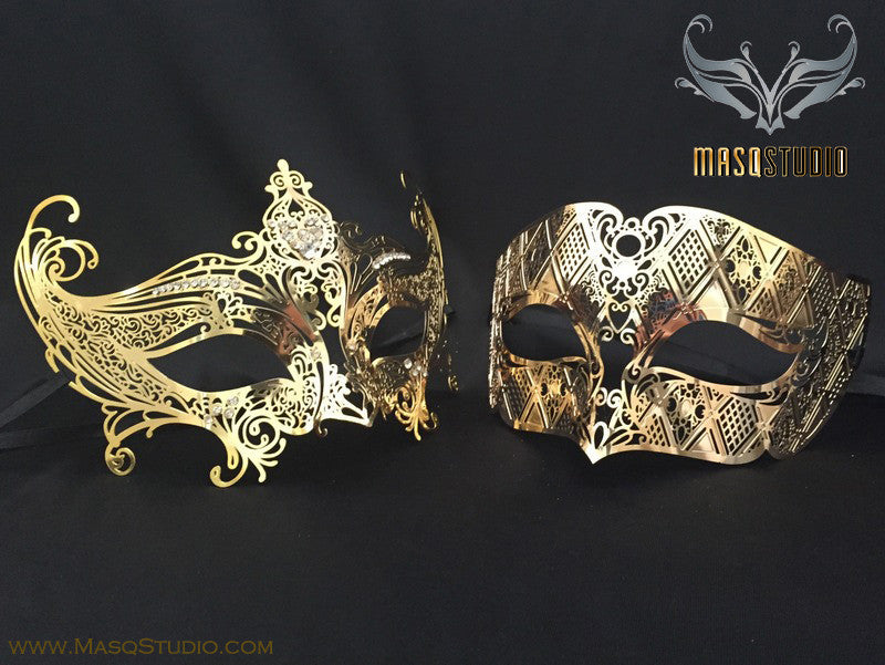 Luxury Venetian Couple Serena Gold Masquerade Mask Set