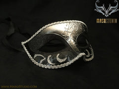 Men's Black Gold Masquerade ball eye mask