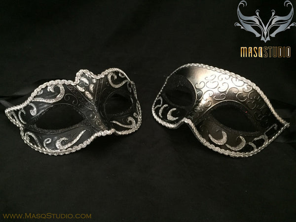 Classic Venetian Couple Black Silver Masquerade Mask Set