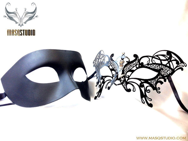 Luxury Venetian Couple Butterfly Black Masquerade Mask Set